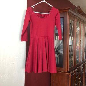 Cute bowed dress!